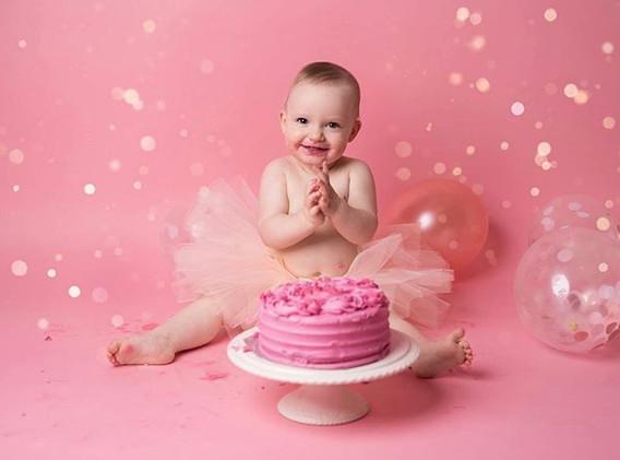 Ruby on her 1st Birthday Cake Smash 💗 #