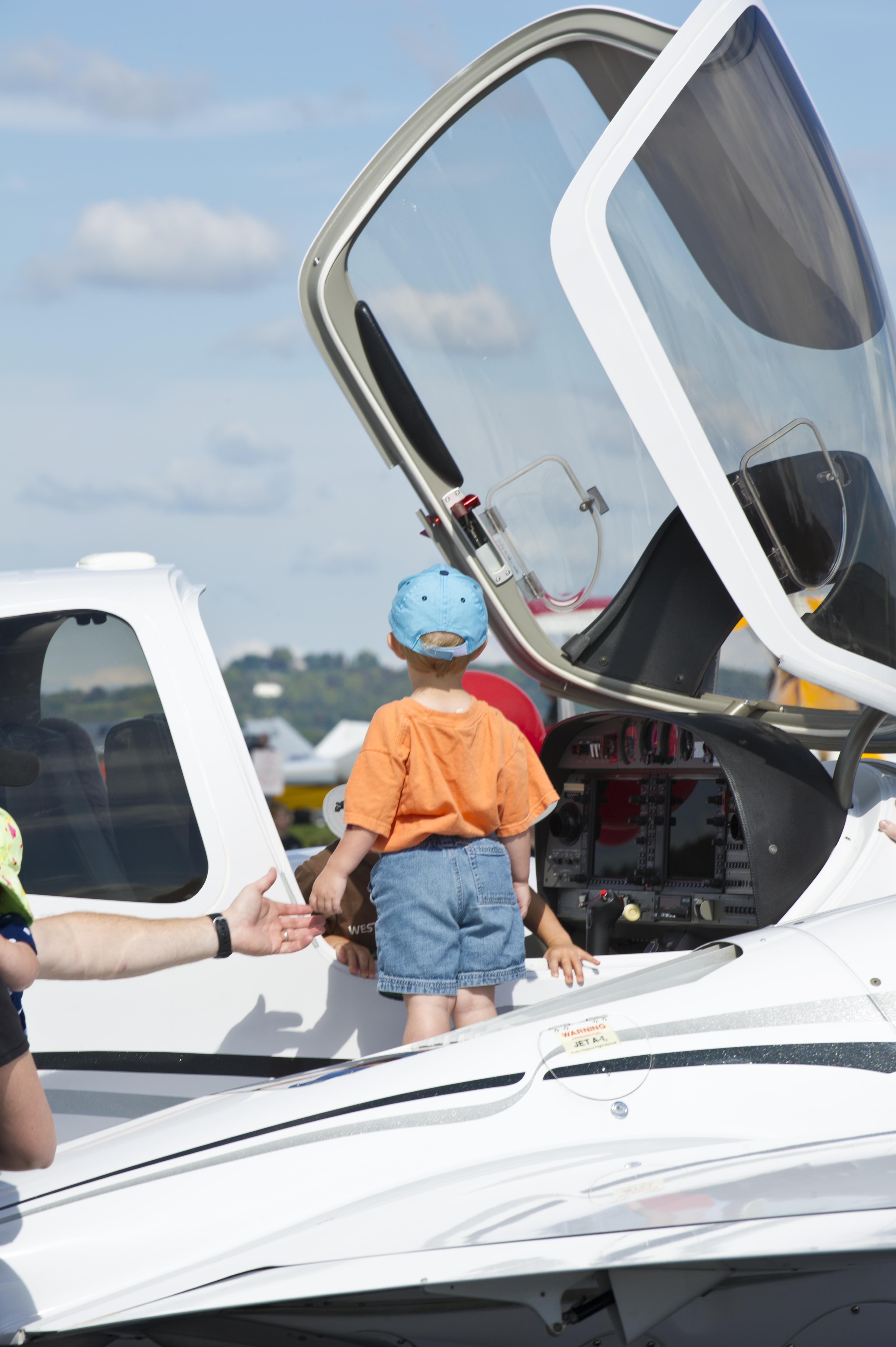 Kid in Plane