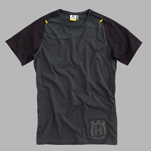 PROGRESS TEE BLACK