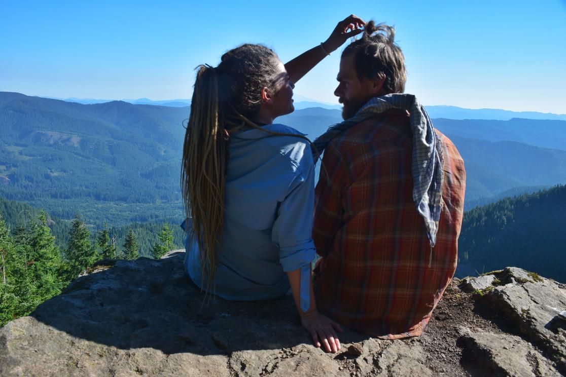 Jak dlouho byste měli s někým chodit, než se pohnete společně