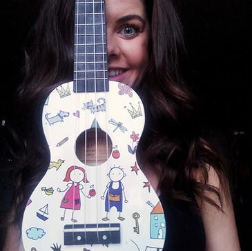 48.Naučit se hrát na ukulele