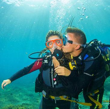 26.Potápět se