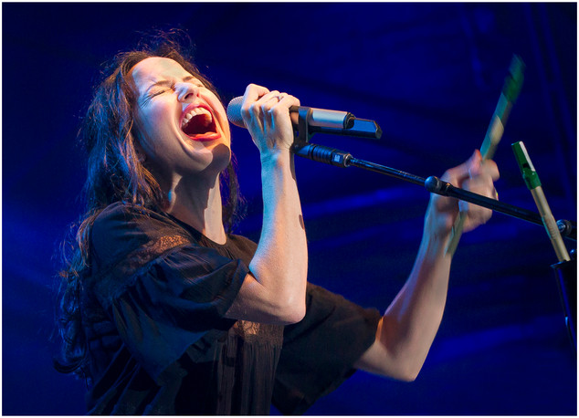 Andrea Corr on Stage