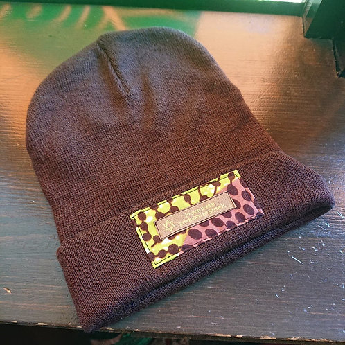 tag knit cap / dark brown