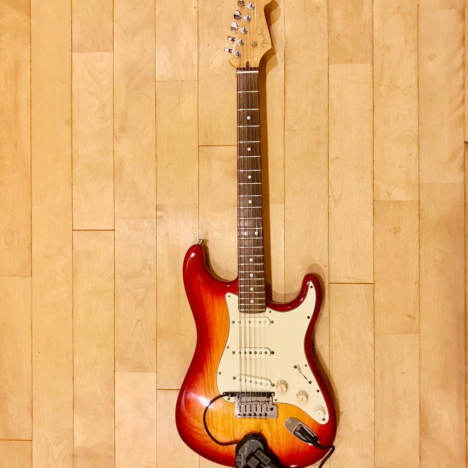 8)Fender American Deluxe