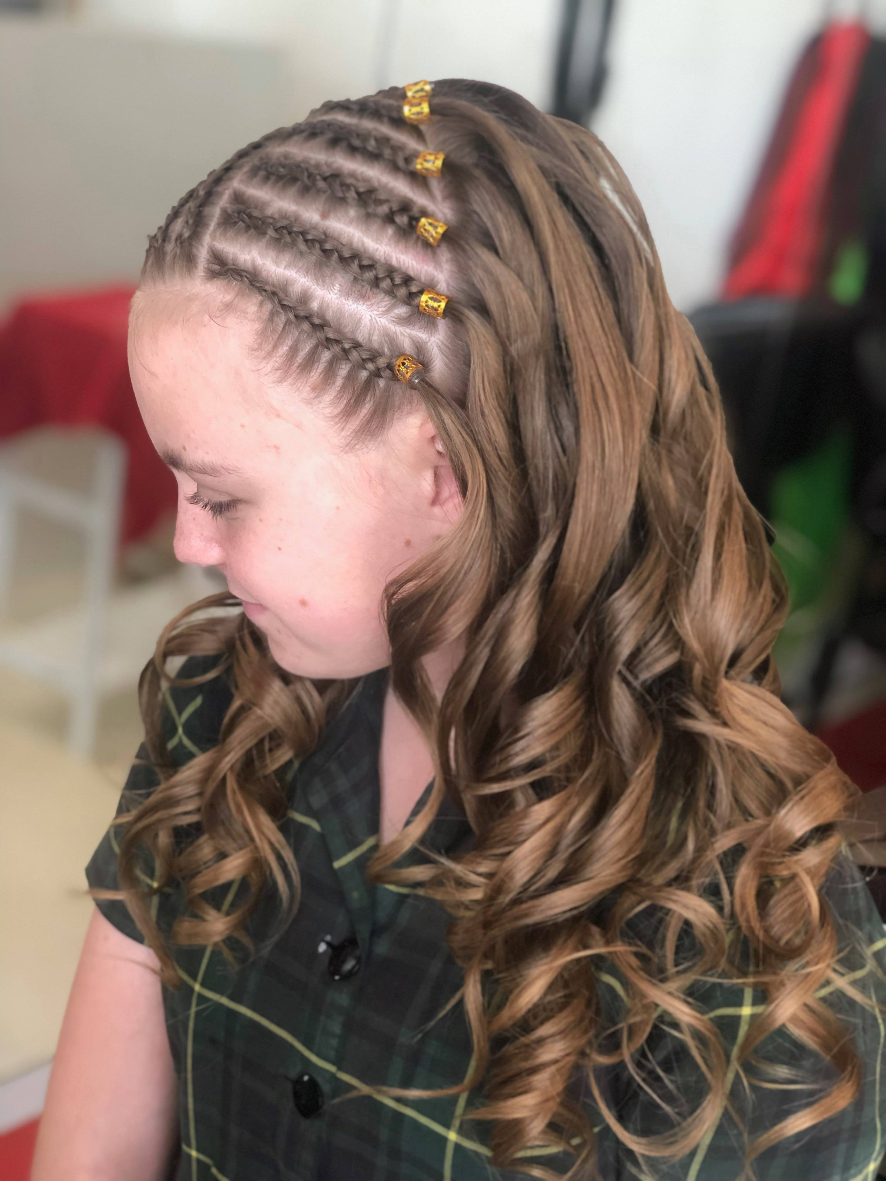 Braids and curls / straighten hair