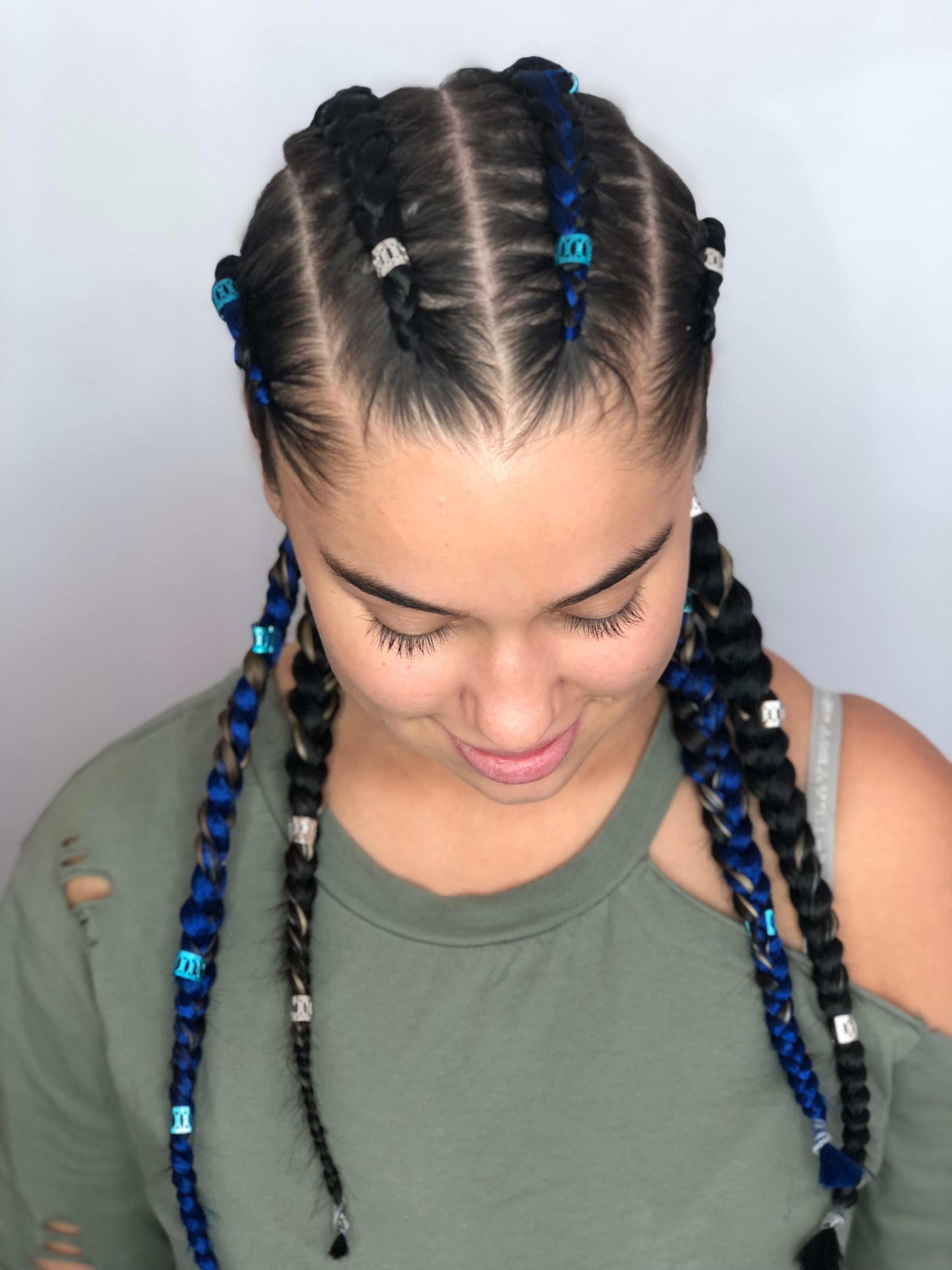 4 large braids- w/ ext