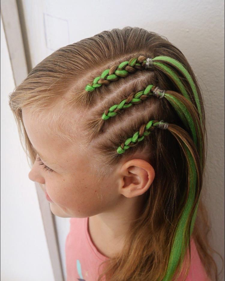 Side head braids w/ext