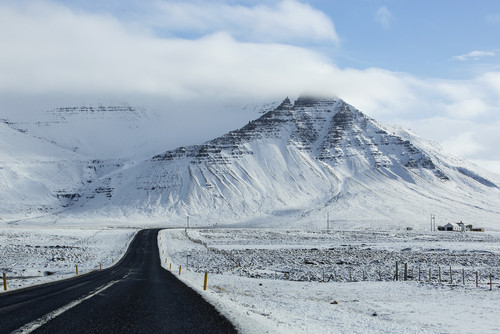 Road conditions in winter - Northern lights in Iceland