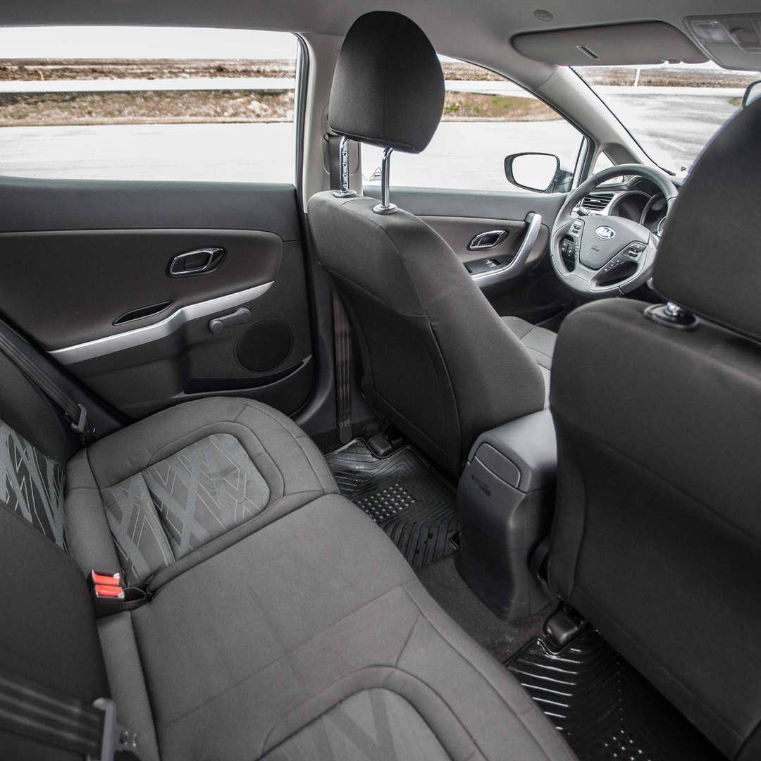 Kia Ceed / Toyota Auris 6 - Cars Iceland