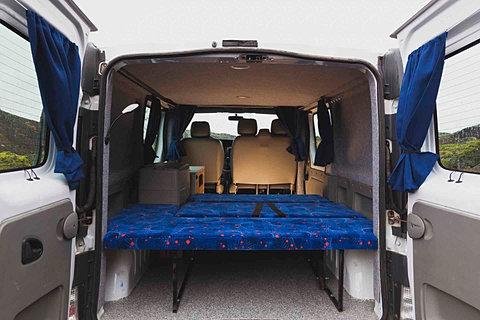 unsere wohnmobile camper mieten island wohnmobil. Black Bedroom Furniture Sets. Home Design Ideas