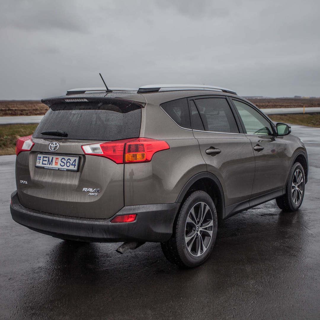Toyota RAV4 2019 2 - Cars Iceland