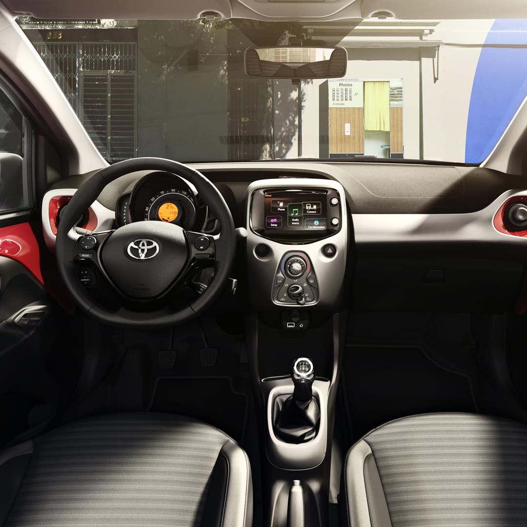 Toyota Aygo 6 - Cars Iceland