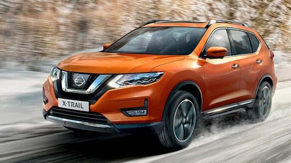 Nissan X-Trail 7-seater 8 - Cars Iceland