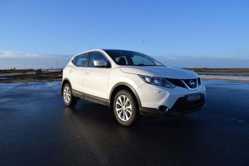 Nissan Qashqai 3 - Car Hire Iceland