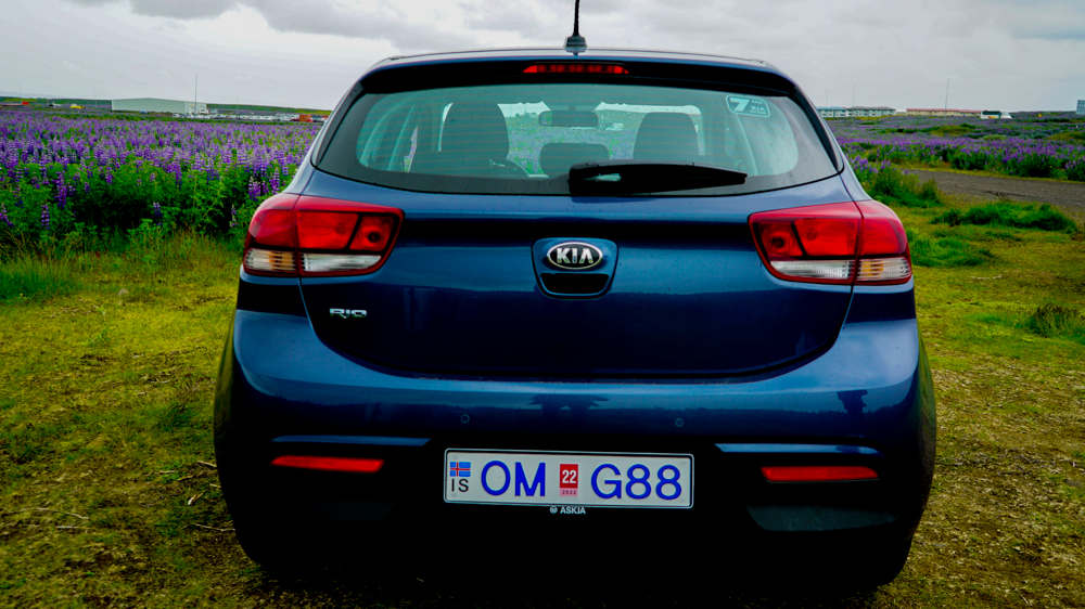 Kia Rio / Toyota Yaris 8 - Cars Iceland
