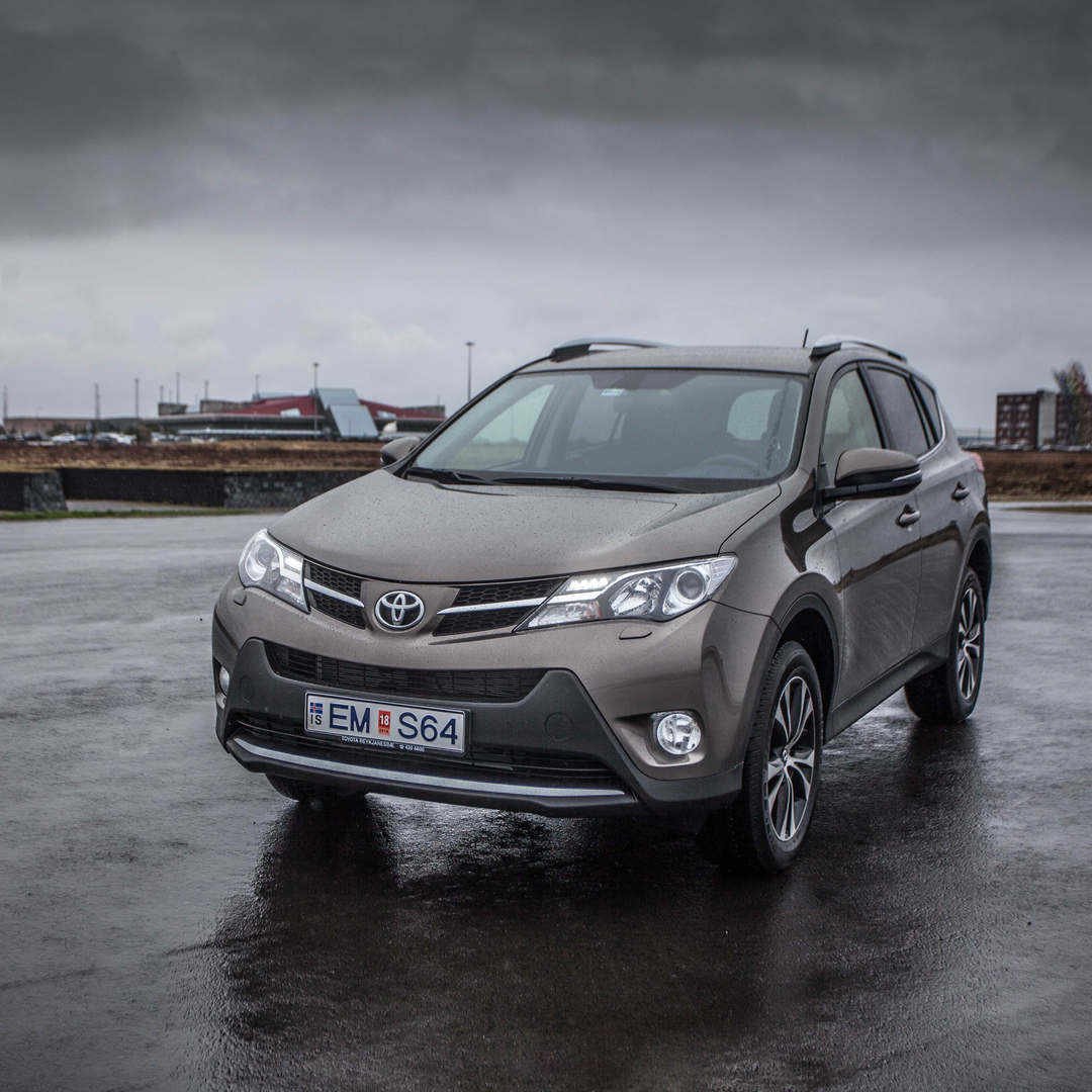Toyota RAV4 2019 6 - Cars Iceland