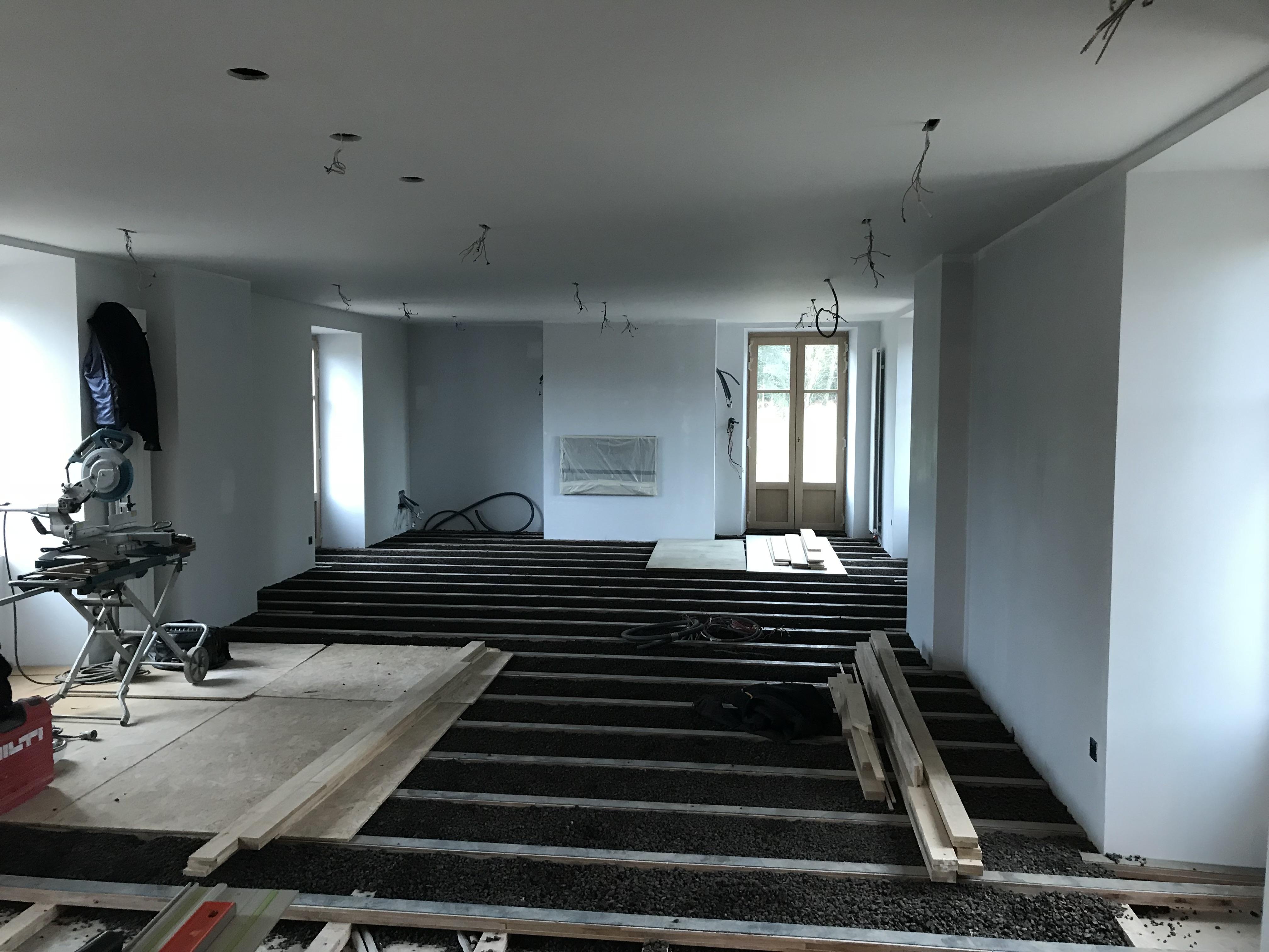 Avancement des travaux pour le nouvel aménagement du salon et de la salle à manger