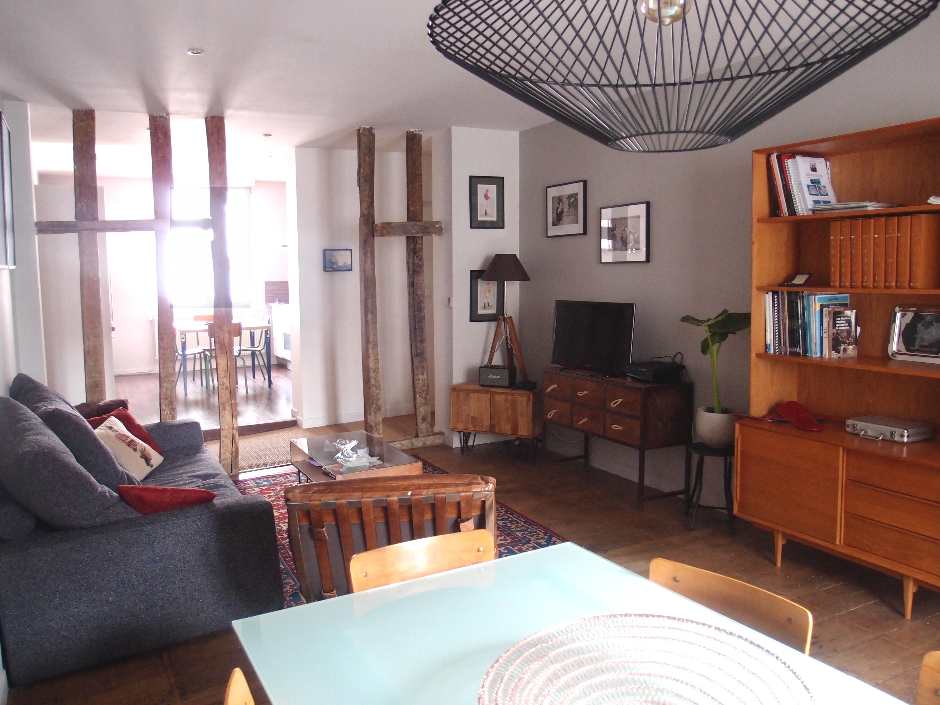 Espace salon et salle à manger après ré-harmonisation des espaces