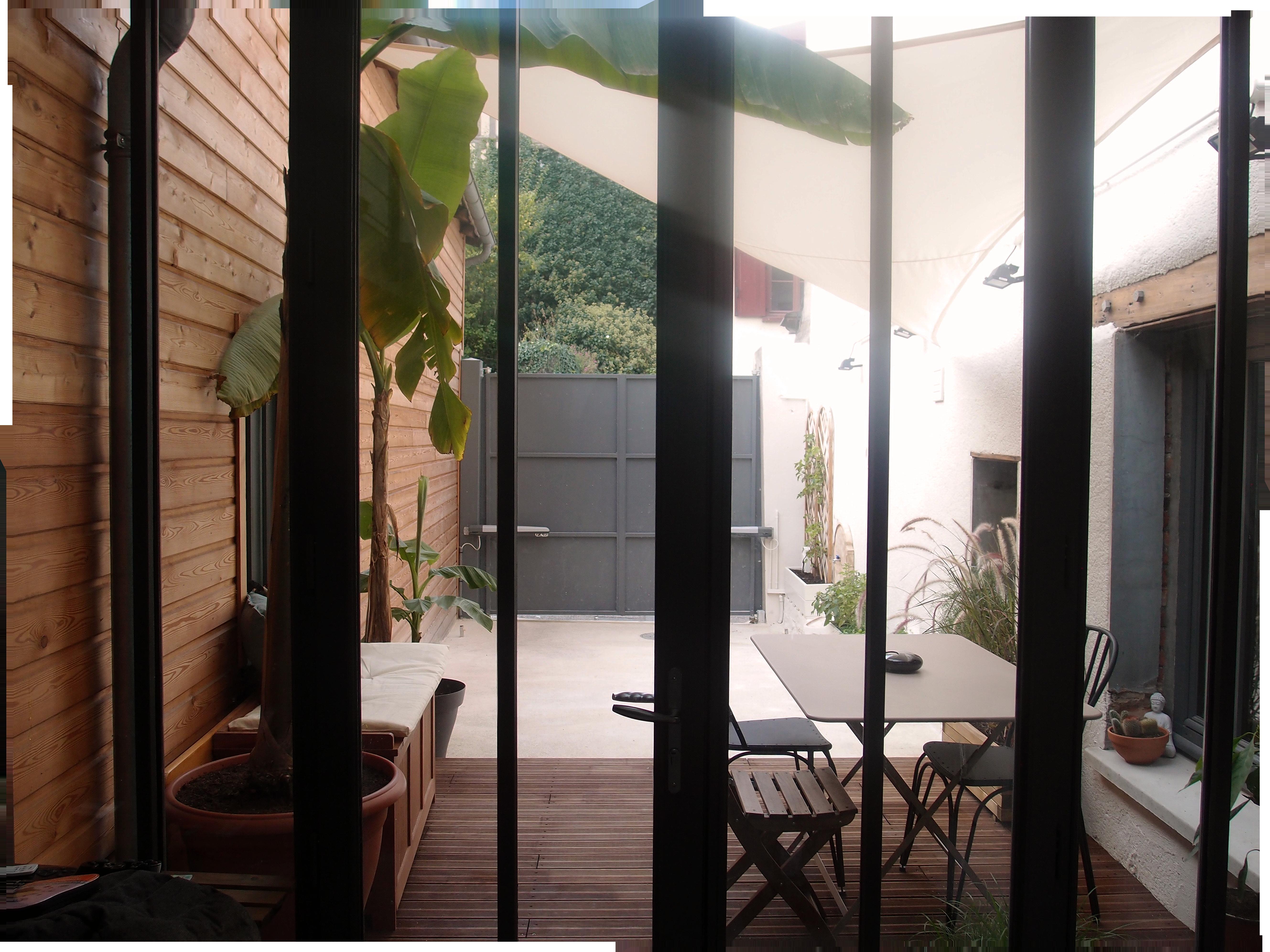 Espace extérieur après réagencement et nouvelle décoration