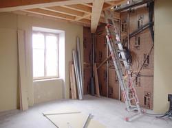 Travaux en cours pour l'agencement d'une chambre sur 2 niveaux