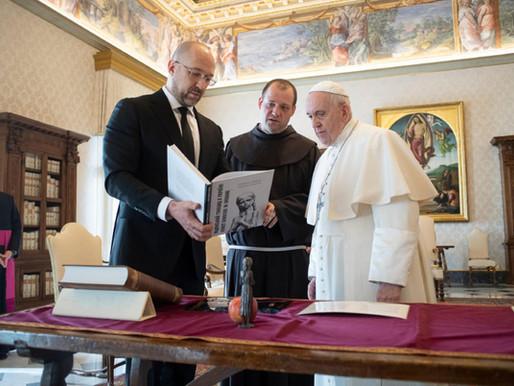 Питання гуманітарної допомоги Україні та розвиток співробітництва обговорювали у Ватикані
