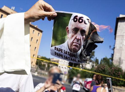 В Італії зростає кількість випадків зараження COVID-19, а мешканці столиці виходять на протести