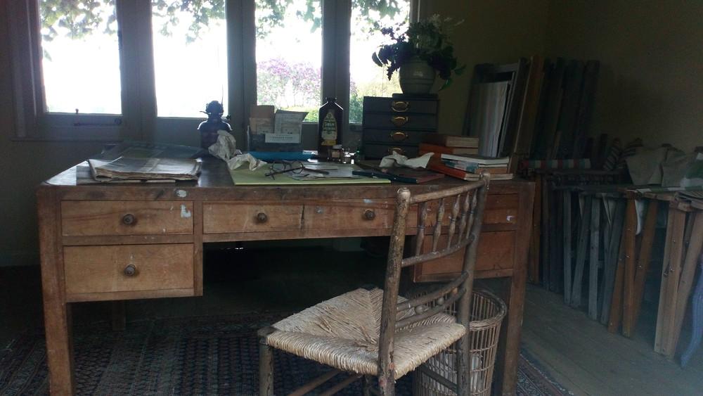 Virginia Woolf's writing desk