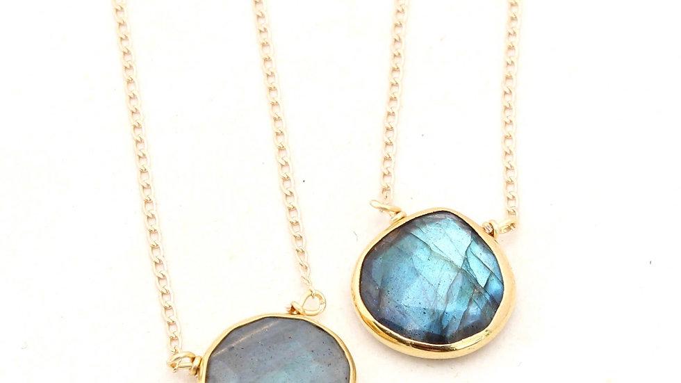 Labradorite Short Gold Necklace- Teardrop