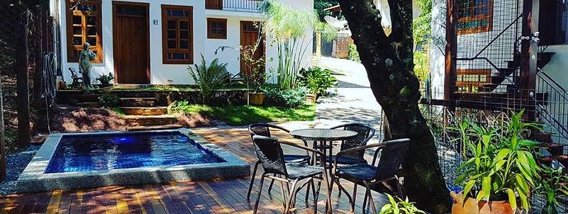 foto piscina 2.jpg