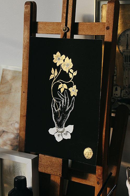 Tirage d'Art réhaussé à l'Or - Main fleurie