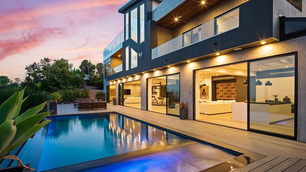Roscomare Modern Villa