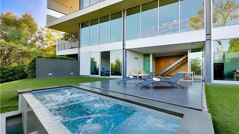 Modernist Villa