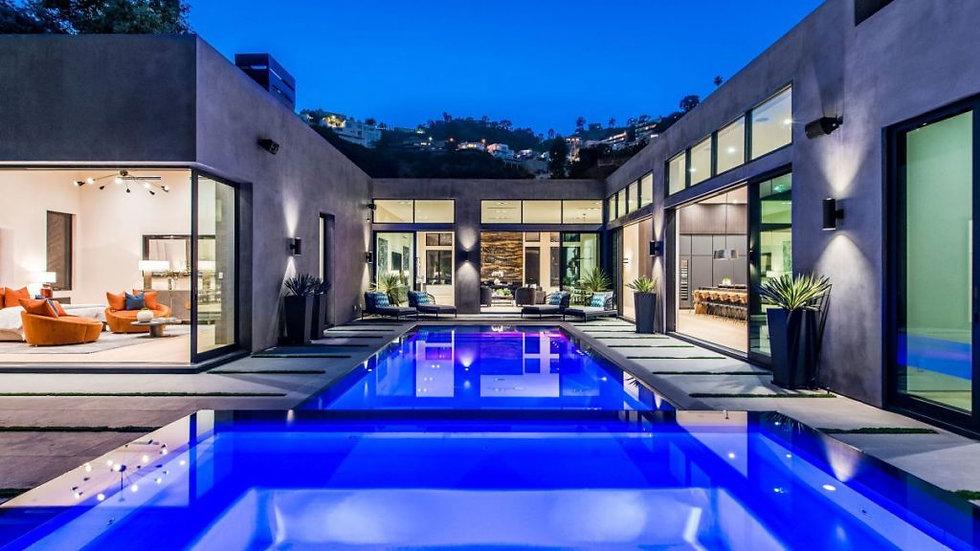 Uber Modern Villa