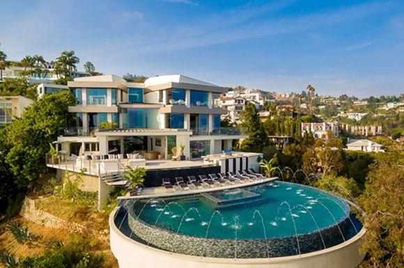 Sierra Mansion