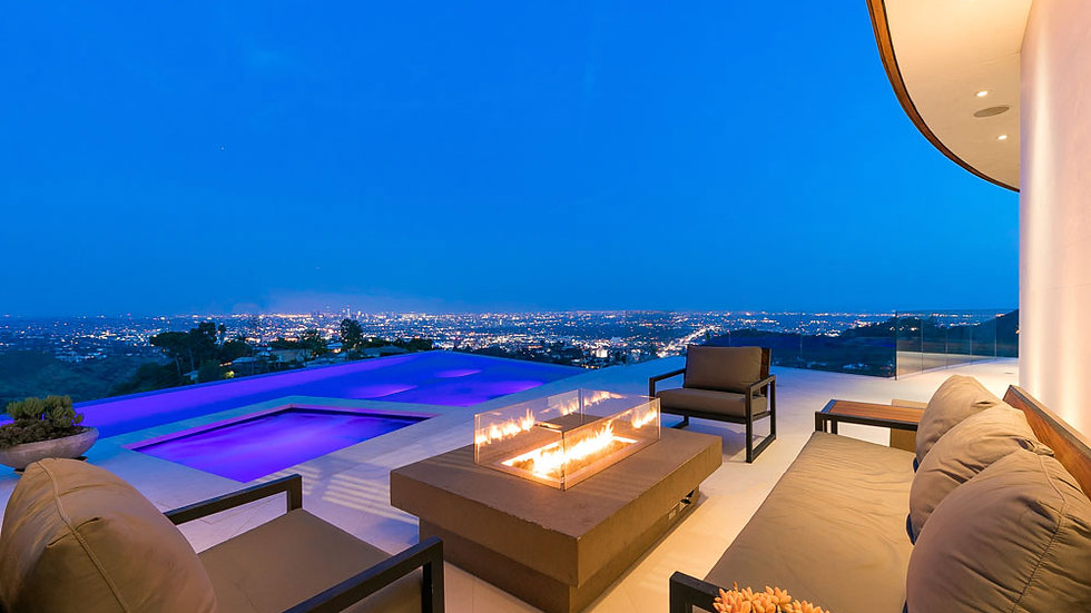 Hollywood Lodge