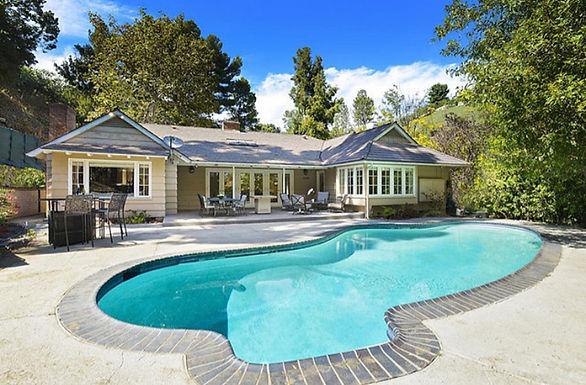 Trousdale Villa