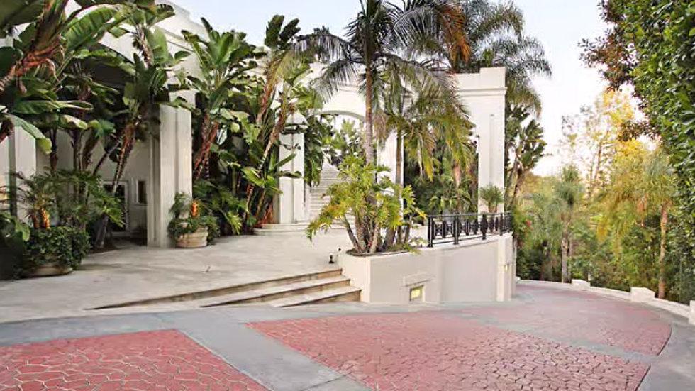 E Rockstar Mansion