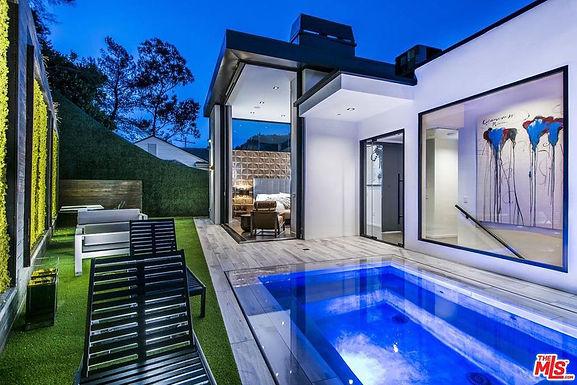 Beverly Modern