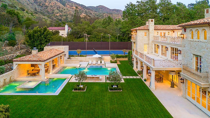 Petra Estate