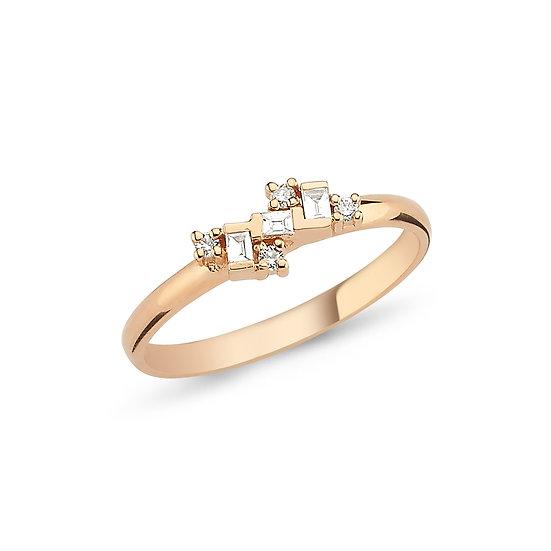 Dainty Multi Diamond Ring