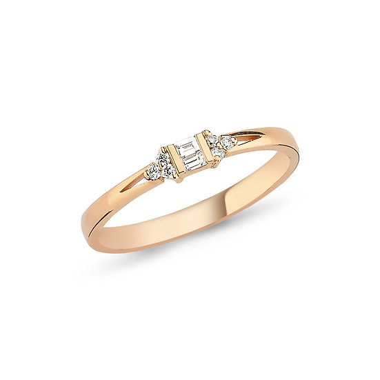 Dainty Cluster Diamond Ring