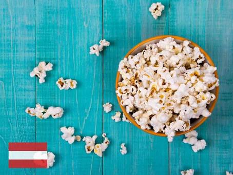 Spanisch beim Popcorn (verb)esse(r)n