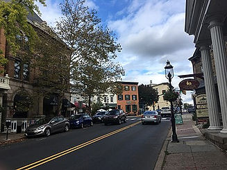 440px-Main_Street_NB_approaching_Court_Street_Doylestown.jpg