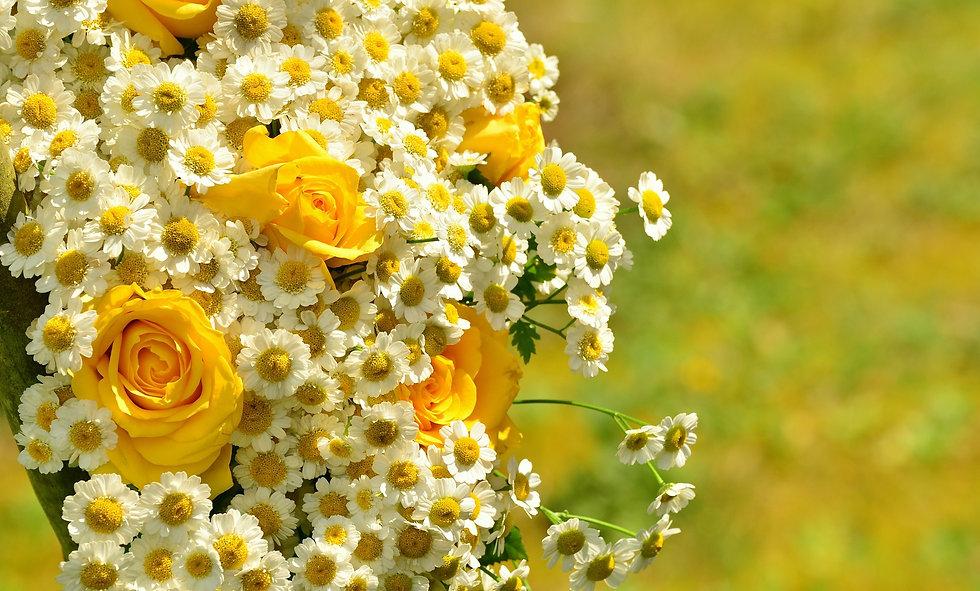 bouquet-1506250_1920.jpg
