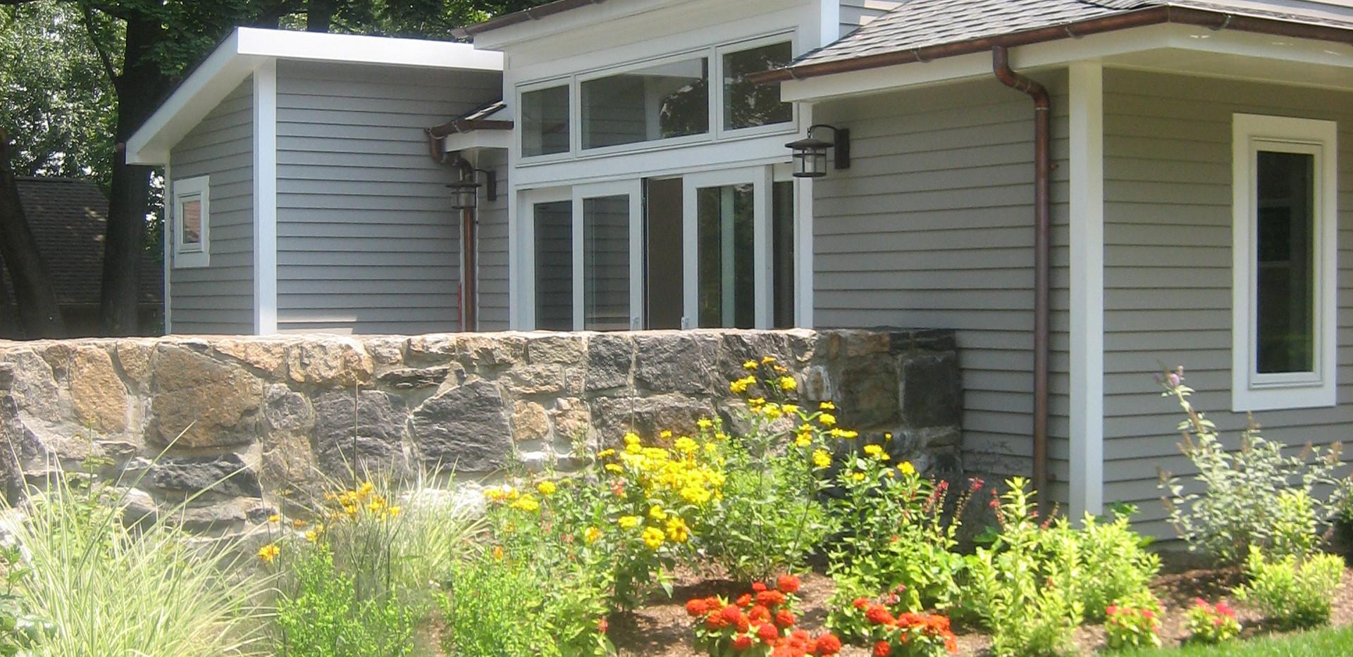 The pool house garden approach