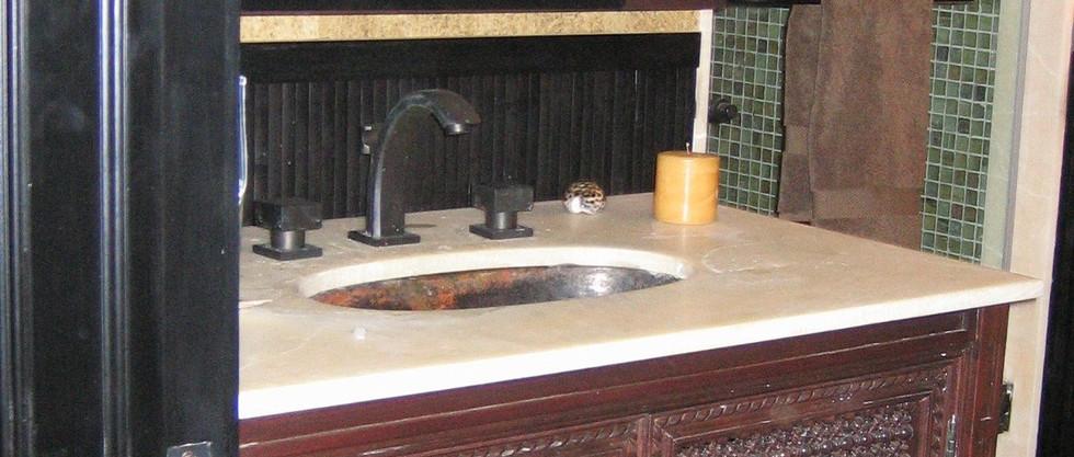 Coraci Spa bathroom custom moroccan vani