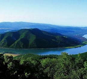 Danube_Bend.jpg