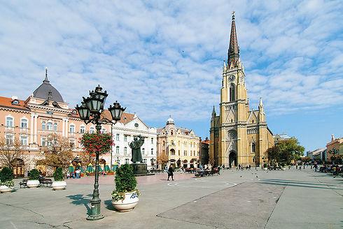 Novi_Sad_square.jpg