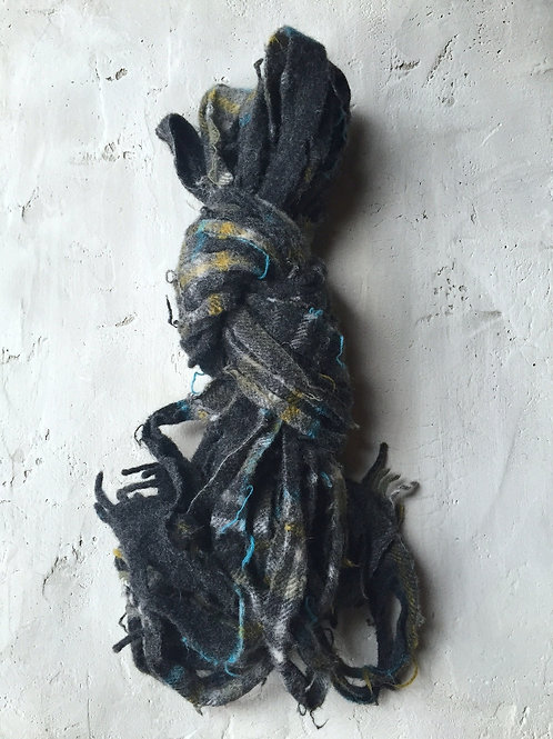 charcoal/turquoise plaid scarf